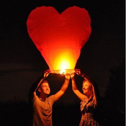 Obrázek Lampion štěstí tvar srdce - červený
