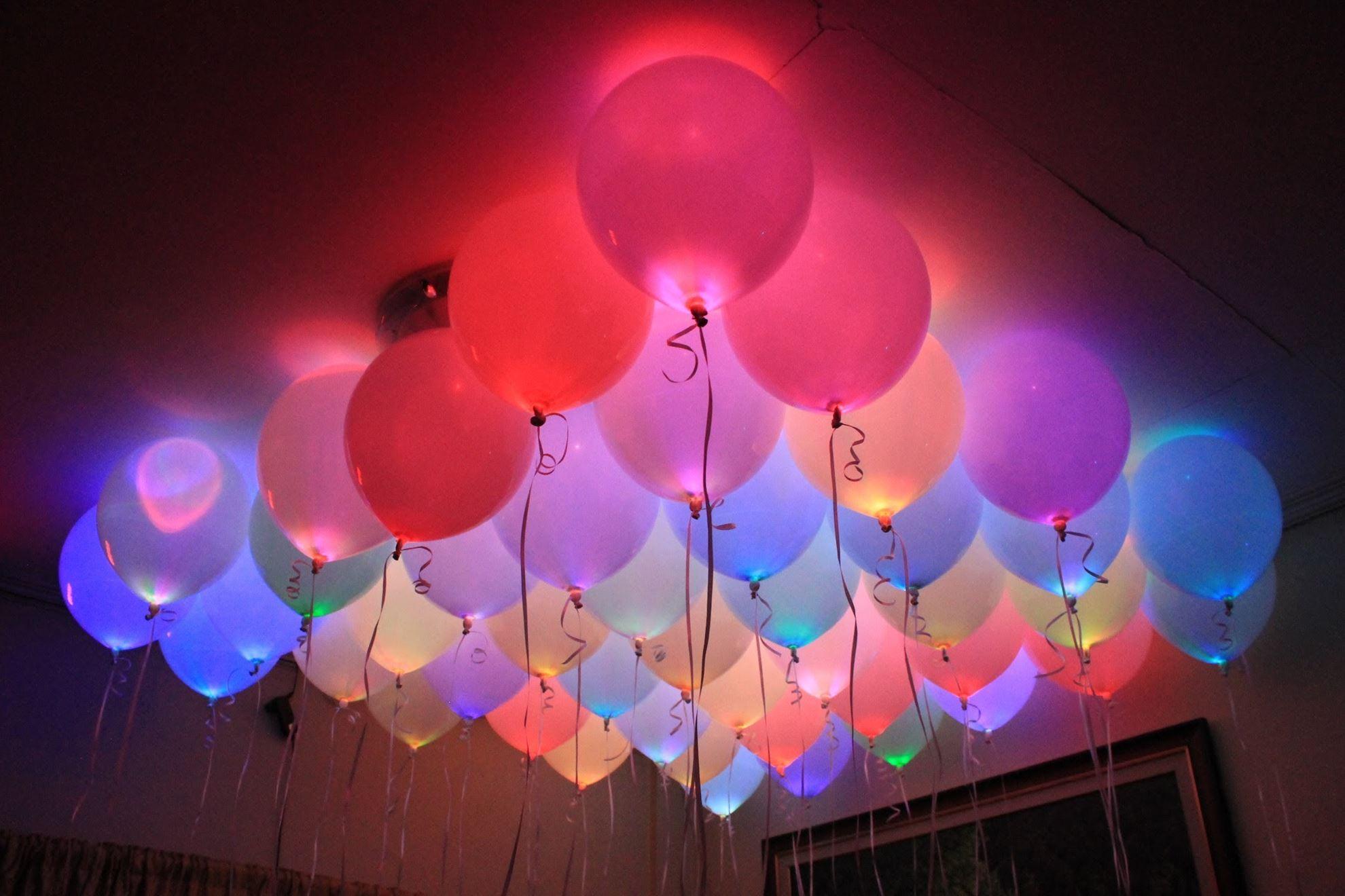 Svítící nafukovací balónky - sada 15 ks