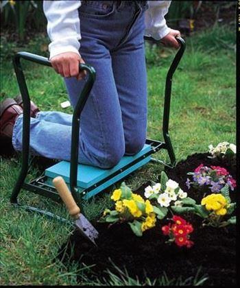Obrázek z Multifunkční zahradní stolička