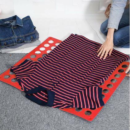 Obrázek z Deska na rychloskládání oblečení Červená