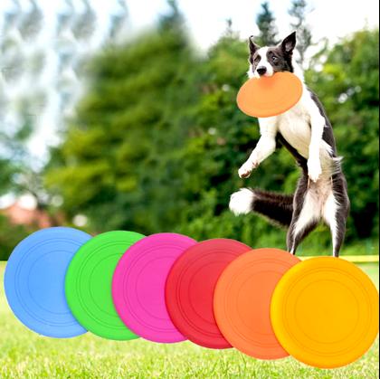 létající talíř pro psy